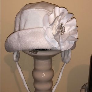 NWT White fancy baby winter hat